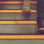 足裏の痛み・痺れが辛い…足根管症候群になる7つの原因!